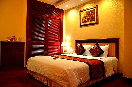 Отель Sun River