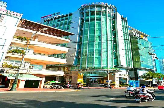 Отель Sun River в Дананге